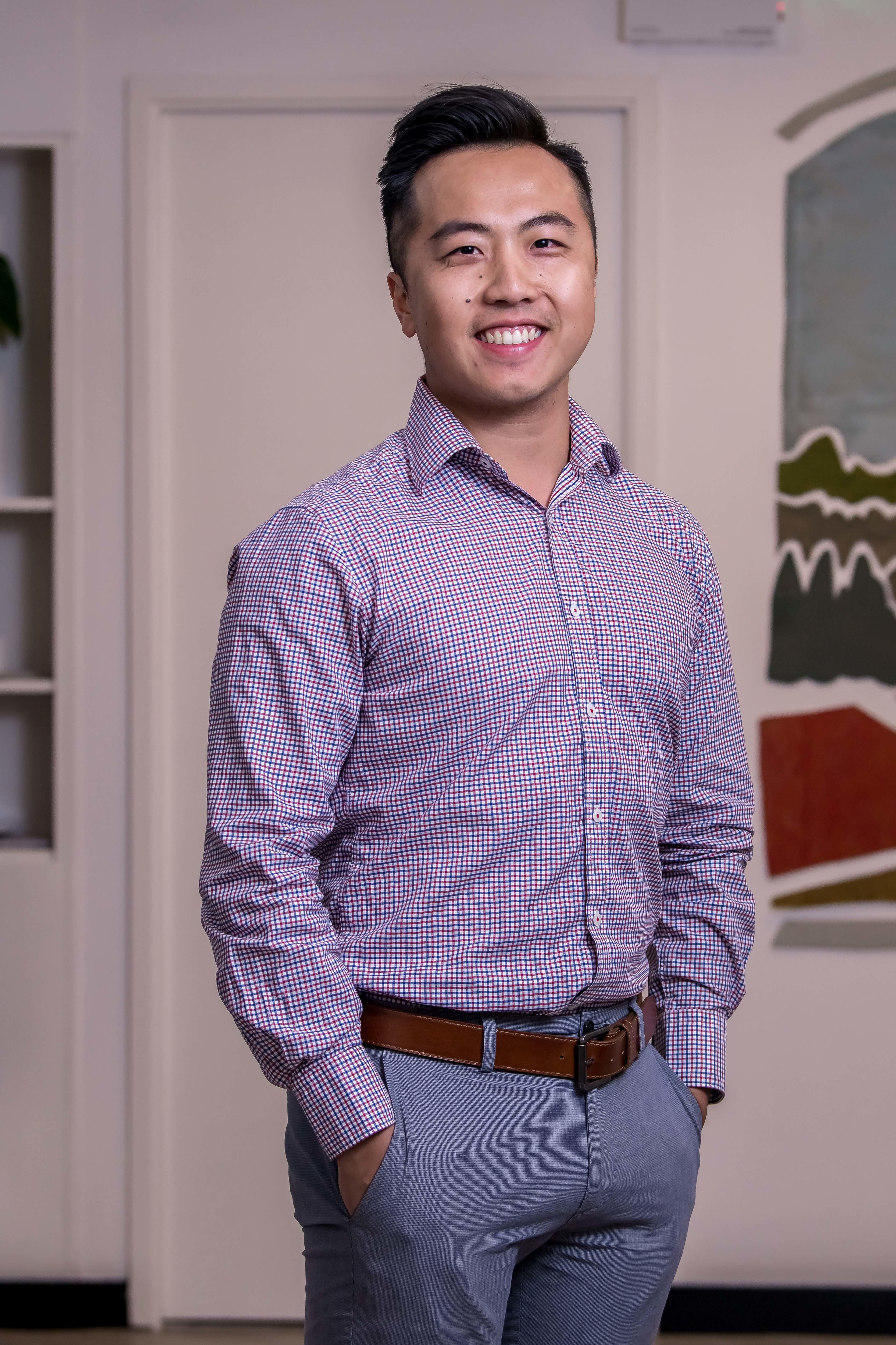Dr Kent Au